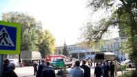 Serveis de seguretat a l'institut de Crimea on han matat 19 persones