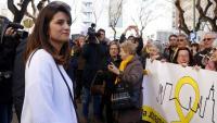 Olga Ricomà el dia que va ser citada al jutjat