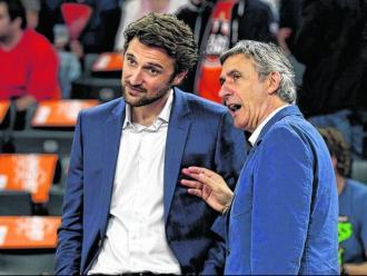 El tècnic del Barça Svetislav parla amb el seu fill director esportiu del Bayern Marko