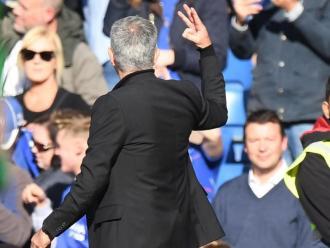 José Mourinho recordant a Stamford Bridge que va guanyar tres títols amb el club