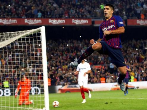 Luis Suárez celebrant el seu gol contra el Sevilla