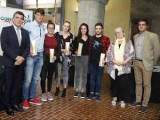 Enric Bertrán , Guillem Pujol, Judit Ignacio, Lidón Muñoz, Africa Zamorano, Antonio Arroyo, Maite Fandos i Àlex Almeda, ahir al Palau Güell