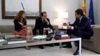 Montse Oliva i l'exdirector de l'Avui, Vicent Sanchis, en una entrevista a José Luis Rodríguez Zapatero