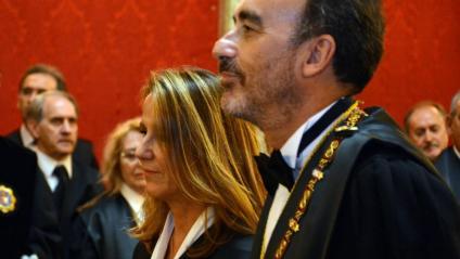 Manuel Marchena, al costat de Carmen Lamela