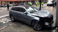 El cotxe que va atropellar la nena divendres passat a la Travessera de Gràcia de Barcelona