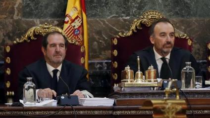 A l'esquerra, Andrés Martínez Arrieta, juntament amb Manuel Marchen, en una imatge d'arxiu