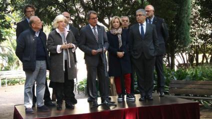 Artur Mas acompanyat d'Ireneu Rigau, Joana Ortega i Francesc Homs, entre d'altres