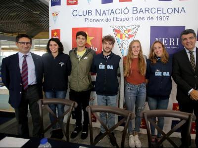 Acte de presentació al CN Barcelona. D'esquerra a dreta, Bernat Antràs, Mireia Pradell, Àlex Castejón, Joanllu Pons, Marina García, Jessica Vall i Enric Bertrán
