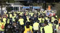 """Els """"armilles grogues"""" aixequen les barreres dels peatges a la Catalunya del Nord"""