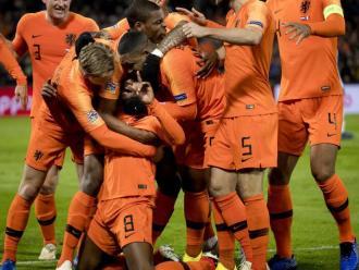 Eufòria holandesa amb el primer gol de Wijnaldum