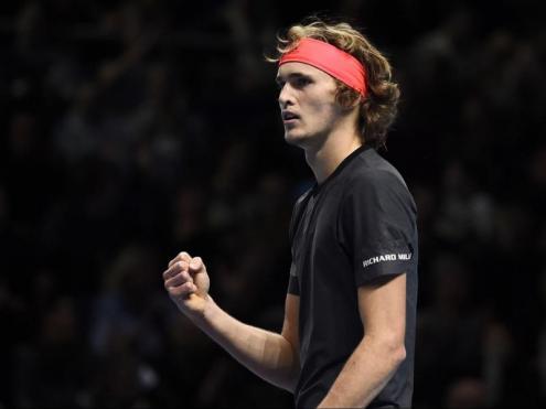 Alexander Zverev celebra un punt en la final del Masters contra Djokovic