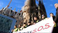 Imatge de la protesta davant de la Sagrada Família