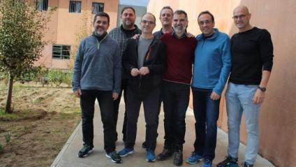 Els presos polítics, a Lledoners, Dolors Bassa i Carme Forcadell