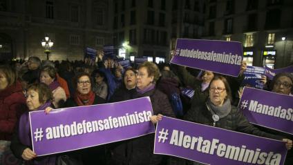 Concentració a Barcelona organitzada per la Xarxa Feminista dimarts