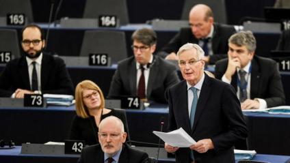 Michel Barnier, negociador europeu per al 'Brexit', intervenint, ahir, al Parlament d'Estrasburg
