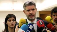 La portaveu d'ERC, Marta Vilalta, i l'advocat Andreu van den Eynde, ahir a la seu d'Esquerra