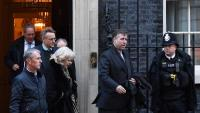 Diputats conservadors sortint d'una reunió amb la primera ministra sobre el pla per al 'Brexit', ahir a Downing Street