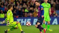 Messi, en el moment de fer el tercer gol contra el Llevant