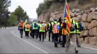Unes 600 persones han participat en les primeres etapes de la caminada d'Olot a Lledoners