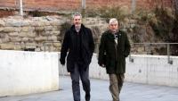 L'expresident de SCC Josep Ramon Bosch i el seu advocat, Josep Maria Fuster-Fabra, arriben als jutjats de Manresa