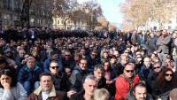 El govern planteja al taxi una treva en el conflicte