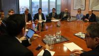 Calvet obre una ronda de reunions sobre la vaga del taxi