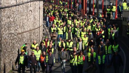 La manifestació dels taxistes a la Ronda Litoral