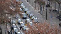 Pla aeri de la concentració de taxistes a la Gran Via de Barcelona