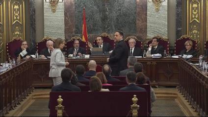 El jutge Marchena, que presideix la sala del Suprem, mentre Junqueras es preparava per declarar-hi