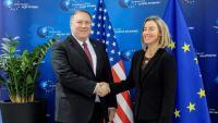 Mogherini, amb el cap de la diplomàcia dels EUA, Mike Pompeo, ahir a Munic
