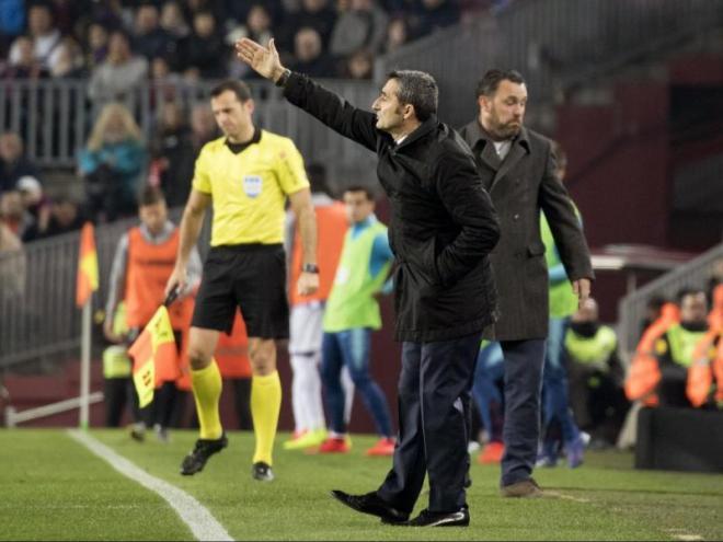 Valverde, donant instruccions als seus jugadors