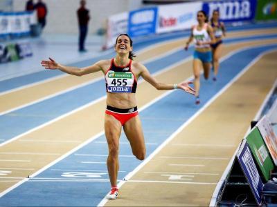 Esther Guerrero , amb un últim 600 m demolidor, va vèncer amb molta autoritat