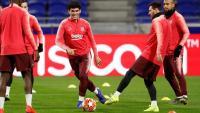 Aleñá, Messi i Vidal, en l'entrenament d'ahir a Lió