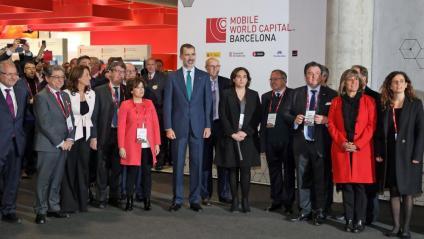 El rei va inaugurar el darrer MWC al Costat de Colau i amb Soraya Saez de Santamaria representant la Generalitat