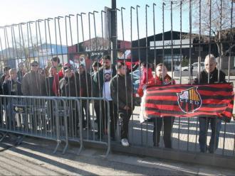 Protesta de socis i treballadors del Reus durant la compareixença de l'antic màxim accionista del Club, Joan Oliver