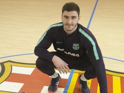 Ludovic Fàbregas , després de l'entrenament d'ahir al pavelló d'handbol de la Ciutat Esportiva del Barça