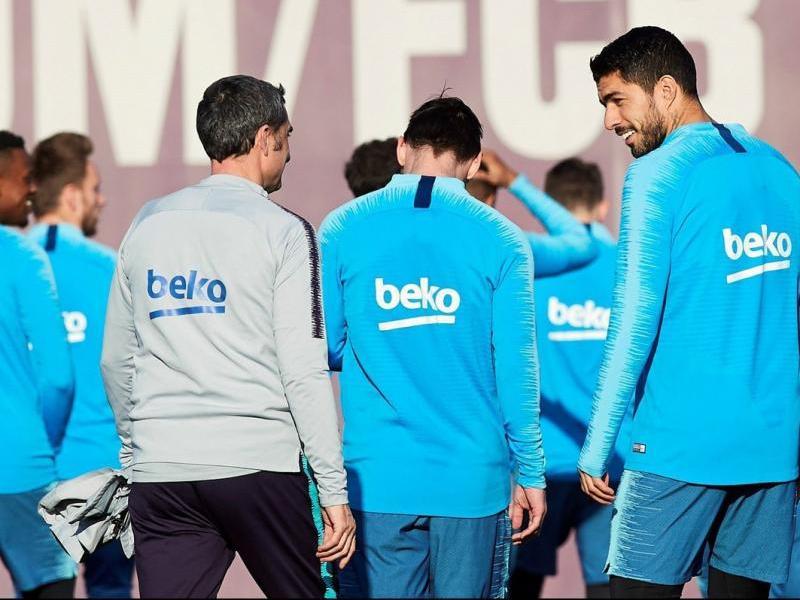Luis Suárez encadena cinc partits sense veure porteria. Ahir, Valverde va tornar a mostrar la seva plena confiança en ell