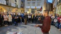 Jordi Alemany durant la seva intervenció ahir a la plaça del Vi de Girona