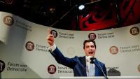 Thierry Baudet, del partit Fòrum per la Democràcia, celebra la victòria en les eleccions provincials, dimecres a la Haia