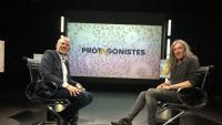 Gerard Quintana, amb el periodista Miquel Riera al plató d'El Punt Avui TV.