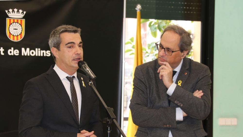 Joan Ramon Casals amb el president Torra, en un acte a Molins de Rei, el febrer passat