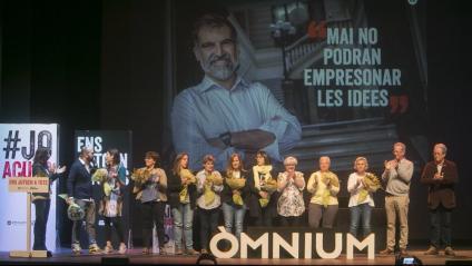 Assemblea d'Òmnium Cultural al Teatre Victòria de Barcelona