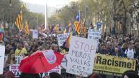 Un moment de la manifestació d'ahir contra la ultradreta i Vox, al passeig de Gràcia de Barcelona