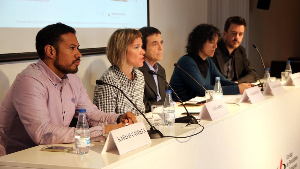 Responsables de la plataforma ITW , en la seva intervenció al Col·legi de Periodistes, ahir