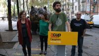 Imatge d'arxiu d'un roda de premsa de la CUP a Barcelona amb Maria Rovira en segon pla