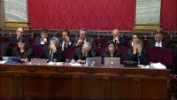 Els advocats de les defenses i els polítics presos, durant el judici de l'1-O