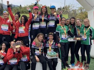 El podi femení amb la selecció catalana a dalt de tot