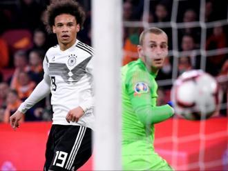 Cillessen encaixant avui el primer gol de Sané