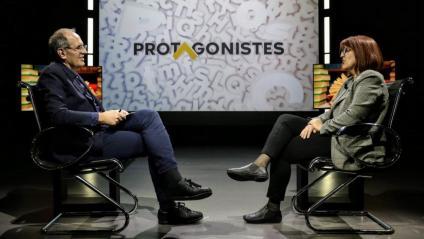 Miquel Riera entrevistant a El Punt Avui Televisió Montse Ayats