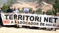 Imatge d'una de les protestes anteriors que la plataforma ha fet en contra de l'abocador